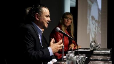 Santa Fe desafía a Macri y sube ingresos brutos para financiar el transporte público