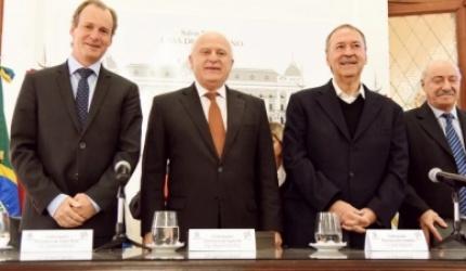 La Región Centro revitaliza la Hidrovía Paraguay - Paraná