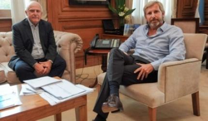 La Nación ofreció pagar la deuda a Santa Fe con bonos y obra pública