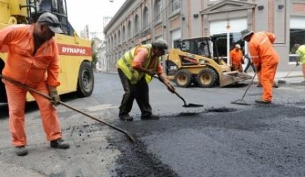 La Municipalidad pone $94 M en la calle y sale a licitar obras