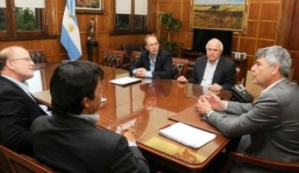 Lifschitz le pidió a la Nación obras hídricas y asistencia productiva por 2.000 millones de pesos