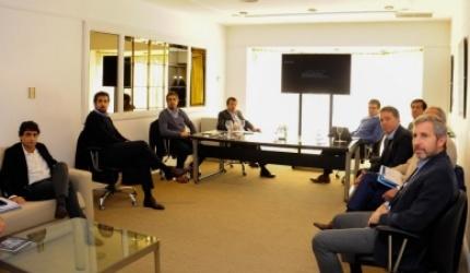 Los gobernadores rechazaron la primera oferta de ajuste de Macri y se complica el acuerdo