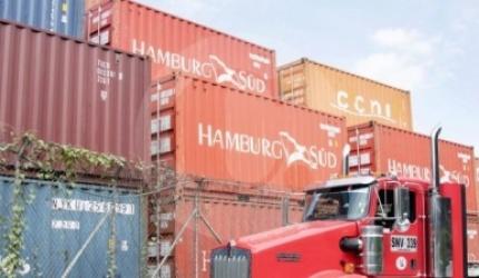 Los costos del transporte de carga suben 37 por ciento